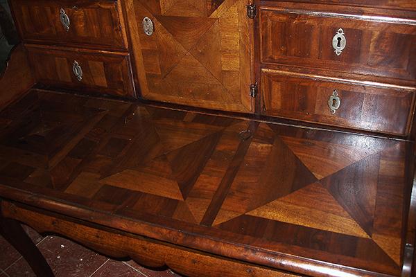 Restauración escritorio marquetería/13